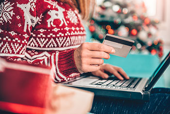 tips for controlling holiday spending